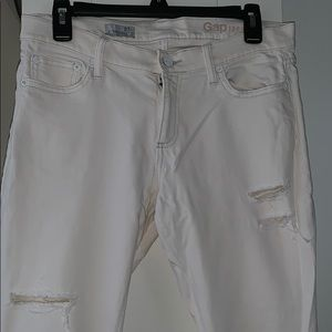 Gap ripped jeans cream color